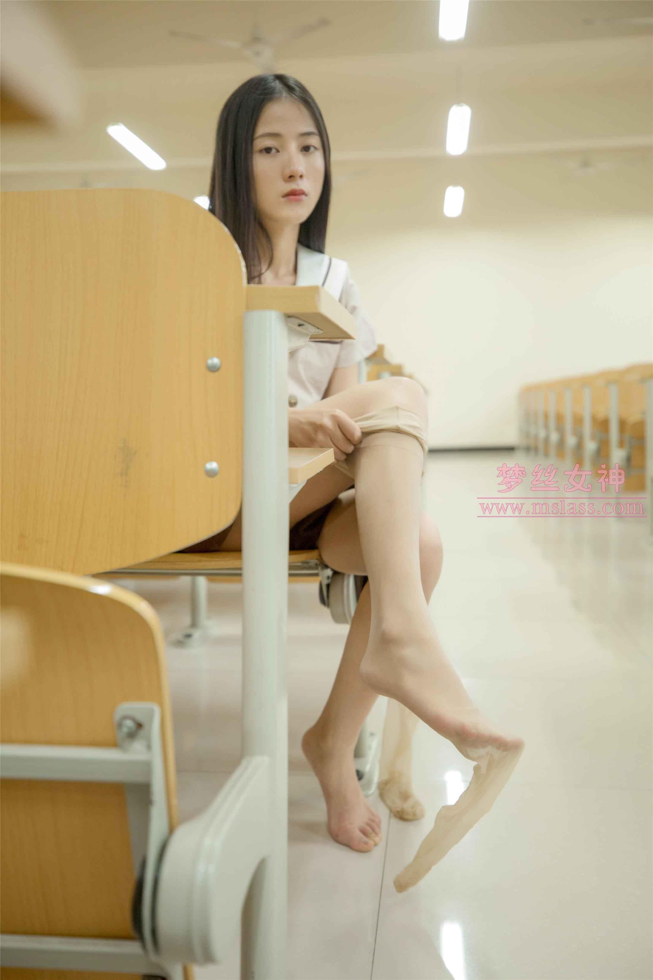 [MSLASS]梦丝女神 – 雪馨 清新的丝袜美 [61P]