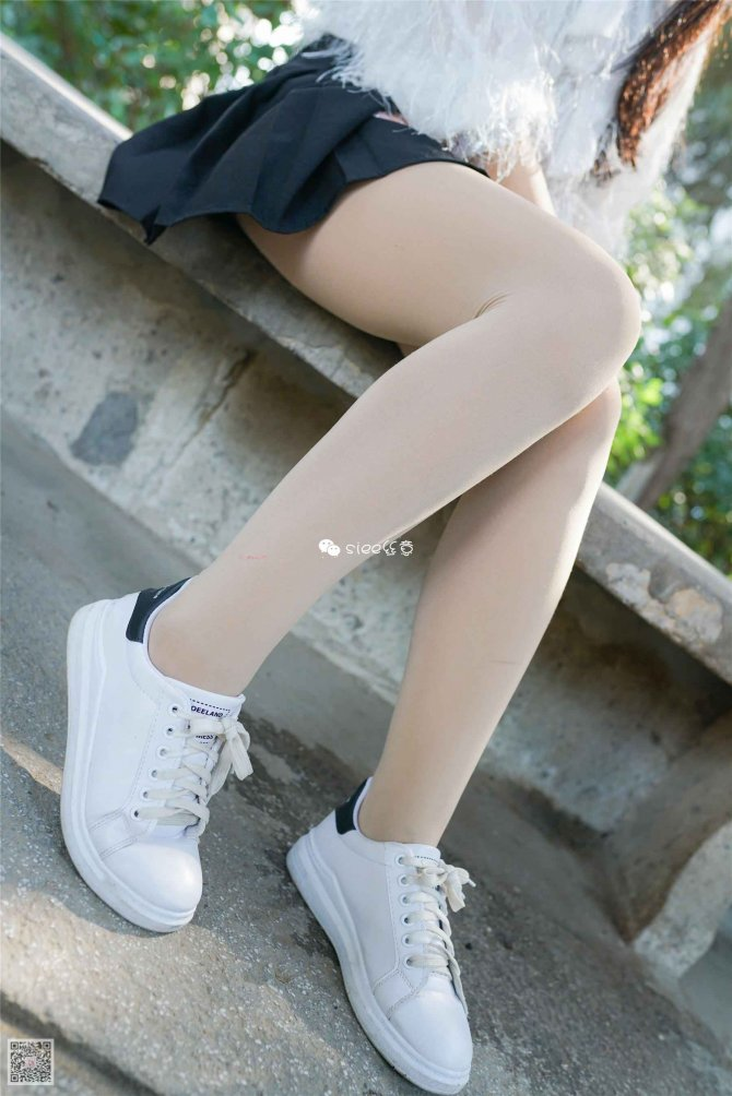 [SIEE丝意] No.287 小月 青涩的小白鞋 [54P]